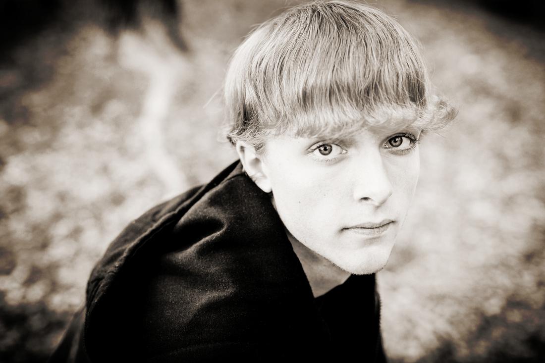 2013-11-9 - Joshua Wattier Senior Portraits (117) copy