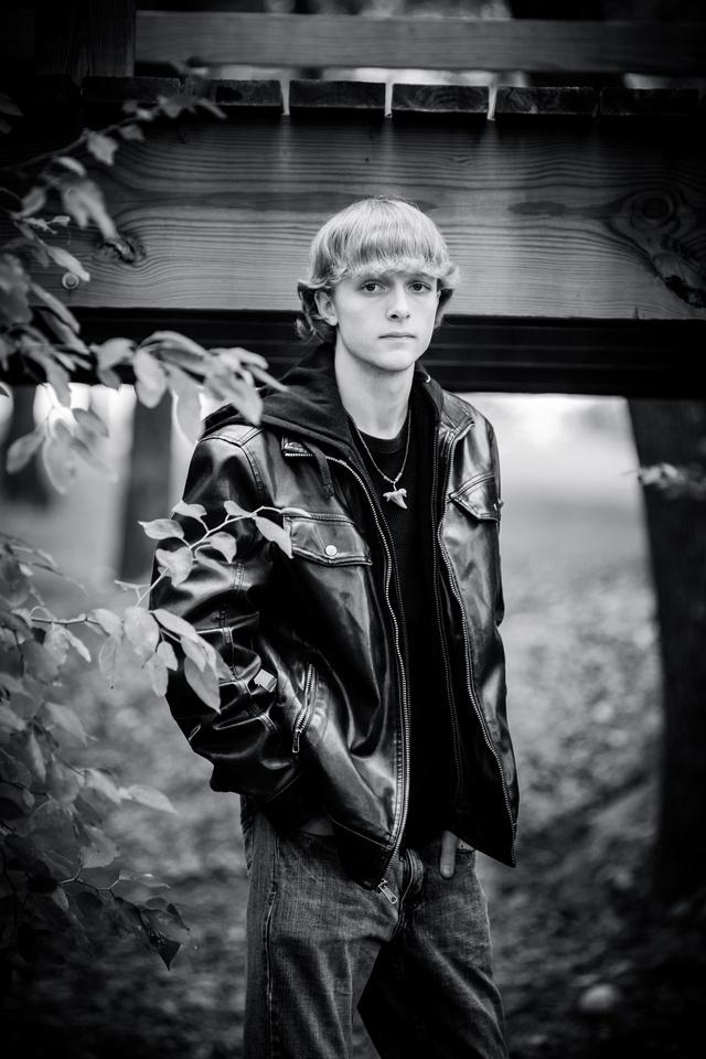 2013-11-9 - Joshua Wattier Senior Portraits (54)-2